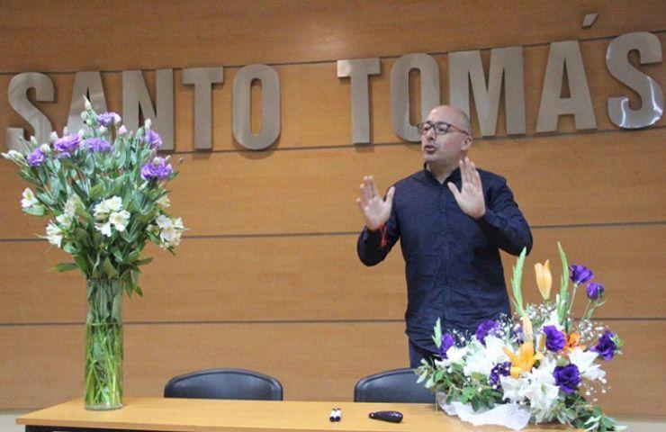 Canamérica participa en el seminario de floricultura del CFT San Tomás